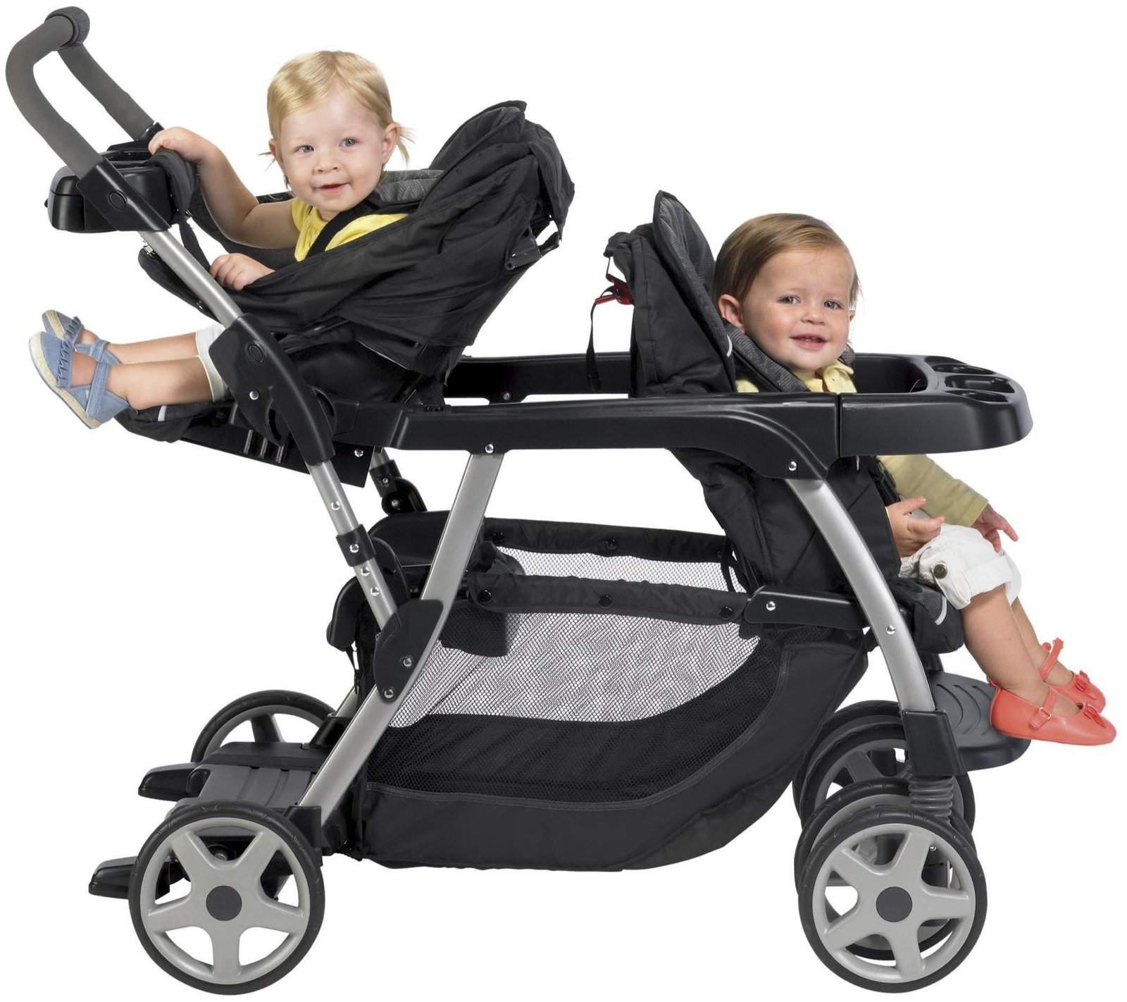 двойняшки в коляске для двойни