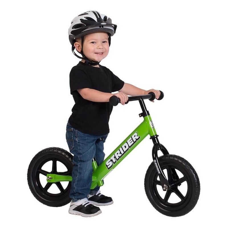 ребёнок на велобеге